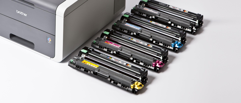 4 toner laser a colori originali Brother e tamburo