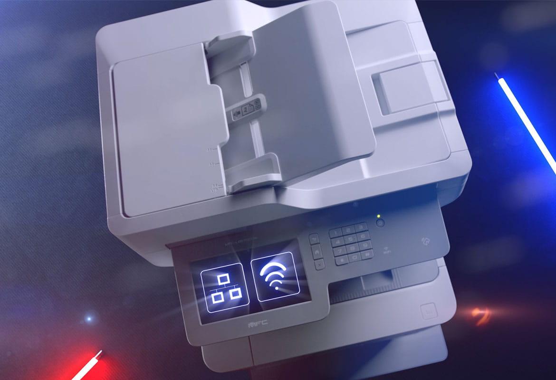 multifunzione laser a colori Brother MFC-L9570CDW con icone sul display