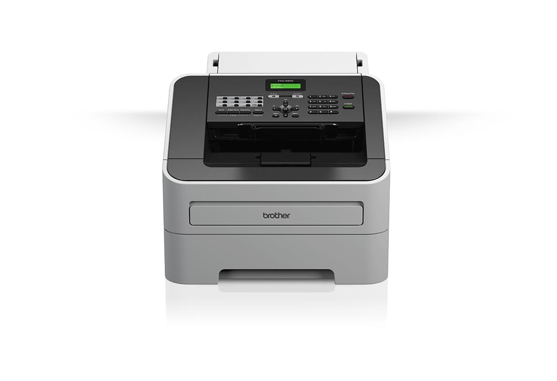 Fax Brother su sfondo bianco