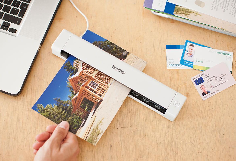 Scanner portatile S-620 scansiona carte d'identità e fotografie