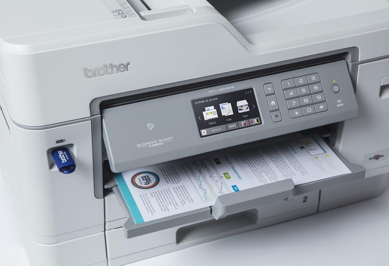 Foglio a colori stampato dalla stampate multifunzione inkjet A3 Brother MFCJ6945DW