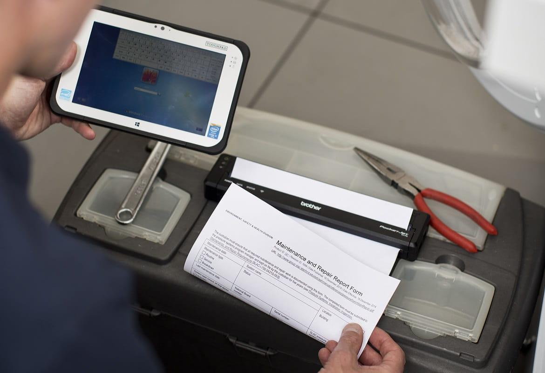 Stampa da tablet per manutenzione con la stampante portatile Brother gamma PJ-700