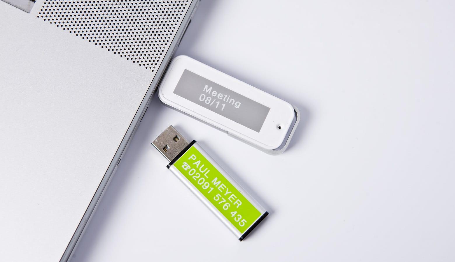 Chiavette USB etichettate