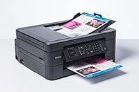 Fogli in stampa tramite ADF cn stampante multifunzione inkjet compatta Brother MFC-J491DW