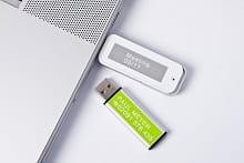 Chiavette USB etichettate con etichettatrice Brother P-touch