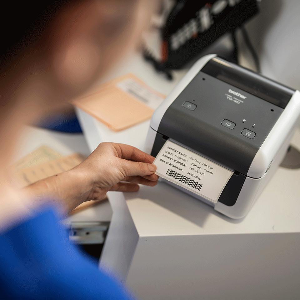 TD4520DN Stampante di etichette desktop professionale con interfaccia LAN 6