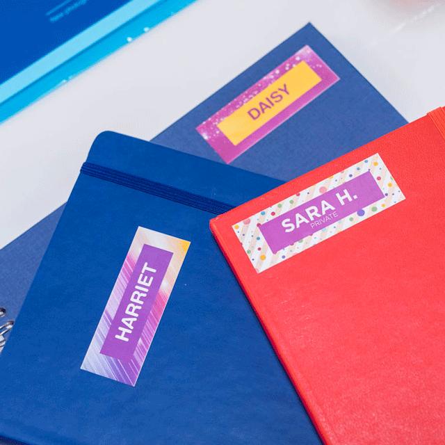 VC-500W Stampante di etichette a colori con Wi-Fi 11