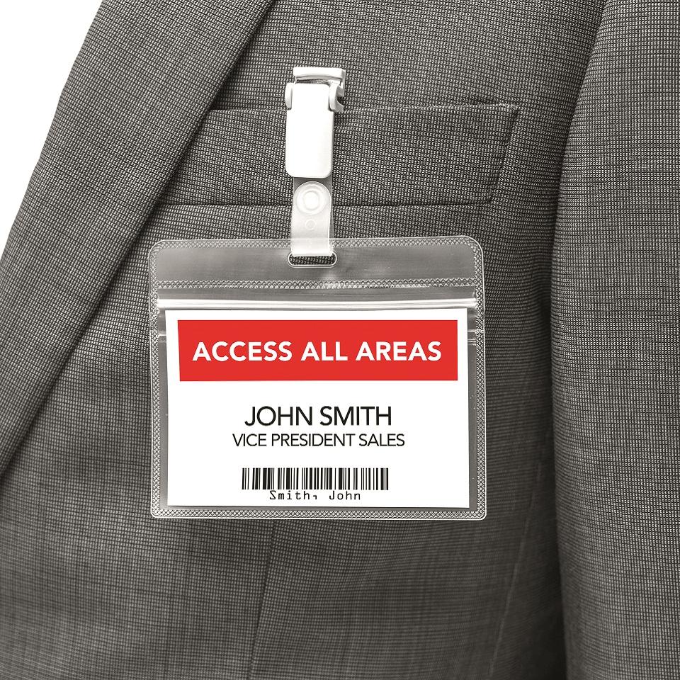 Badge idenficativo stampato in rosso e nero con stampante di etichette Brother QL-800 e rotolo Brother DK-22251